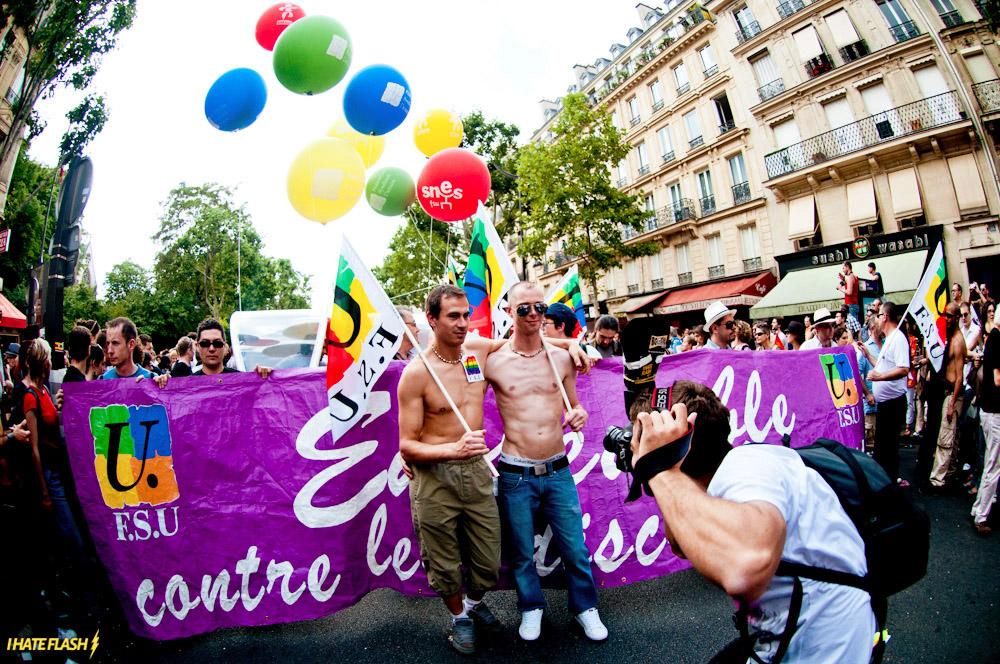 La Marche des Fiertés - A Marcha do Orgulho Gay de Paris