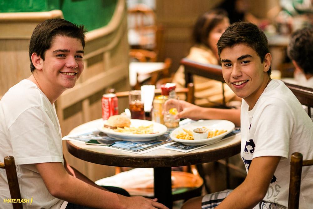 18 anos Joe & Leo's!